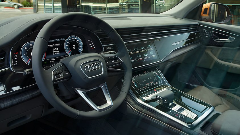 Audi Q8 MMI Navigation Plus Virtual Cockpit Lenkrad Konsole
